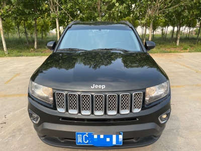 Jeep 指南者  2014款 改款 2.4L 四驱豪华版