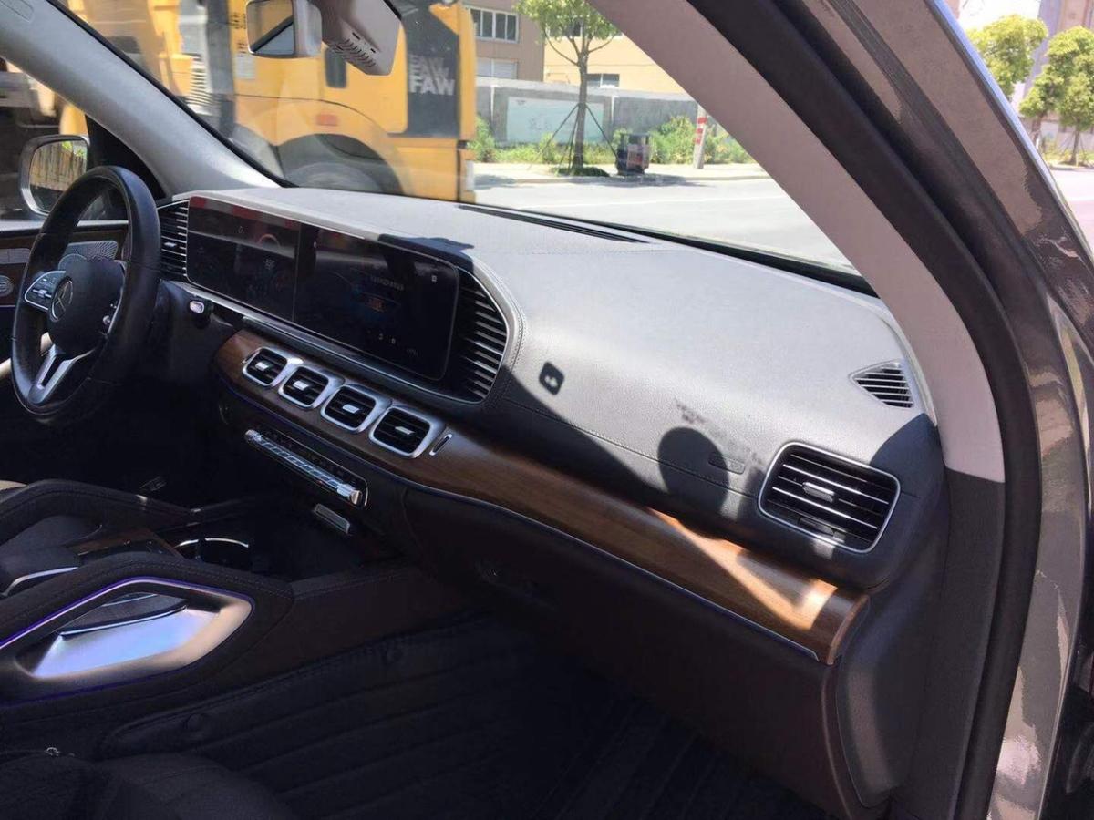 奔驰 奔驰GLE  2020款  GLE 350 4MATIC 豪华型图片